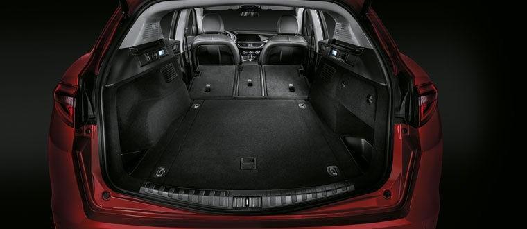 Alfa Romeo Stelvio SUV - alle Fakten & Infos | SCHLOSS-GARAGE